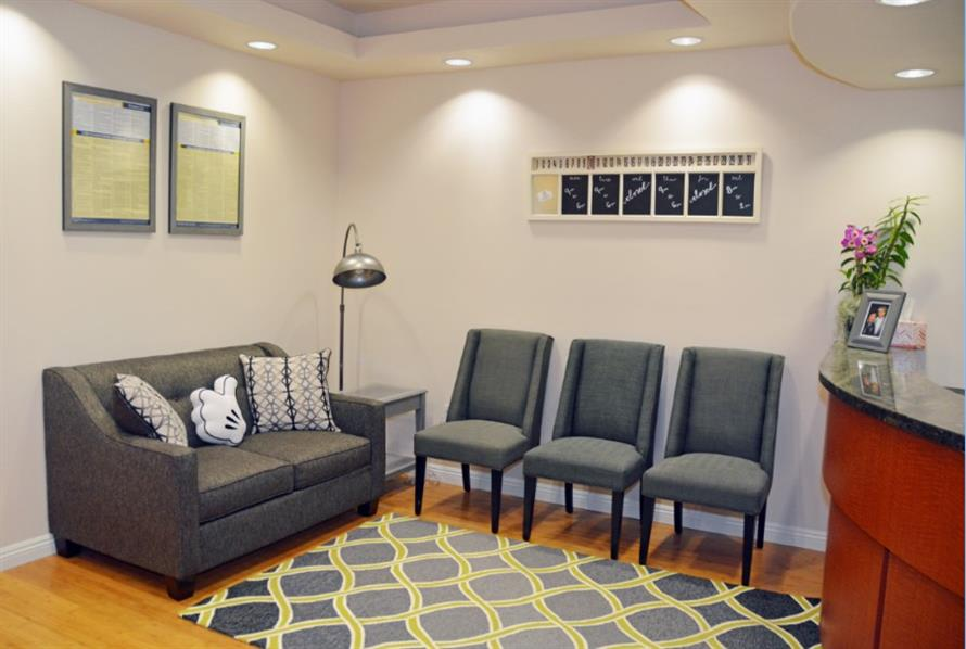 Clean & Inviting Dental Office Interior | Valencia General Dentistry